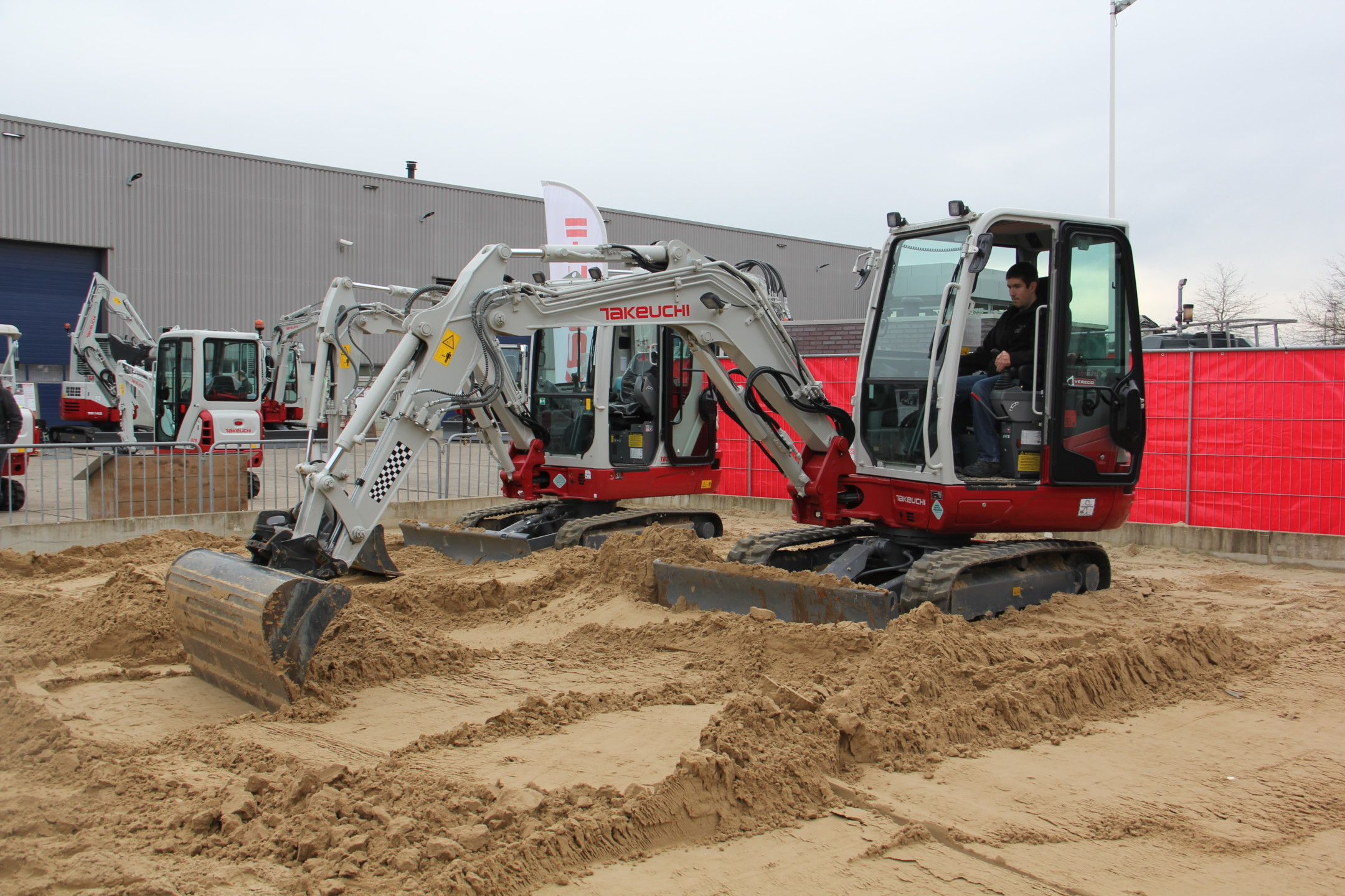 demo rit Takeuchi